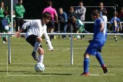 El Alevín B goleó al Condado de Castilla y está aun paso del título.