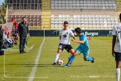 Acosta, durante el partido que midió en El Plantío al Burgos y el Atlético B.