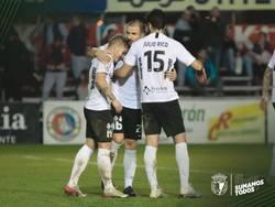 Juanma, Borja y Julio Rico celebran el tercer gol de la tarde.