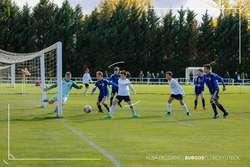 Acción del duelo entre el Burgos CF Trampantojo y el Inter.
