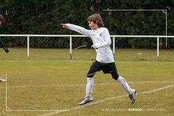 Álex Pombo celebra uno de sus dos goles.